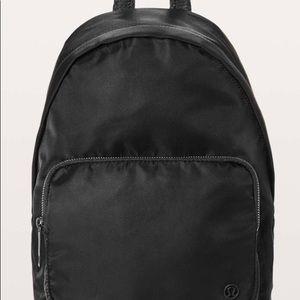 LULULEMON 5L Backpack Black everywhere mini